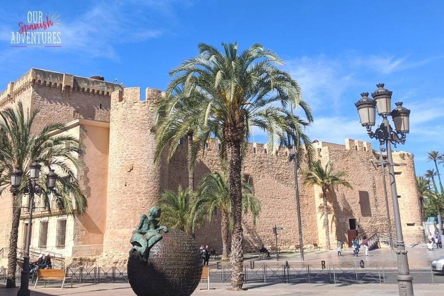 Castles to visit on the Costa Blanca - Elche
